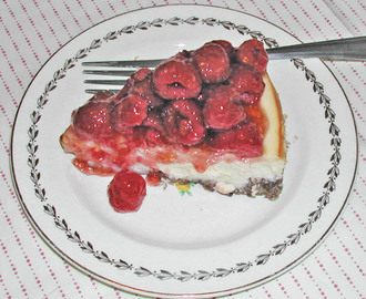 Family Favorites Raspberry Cheesecake