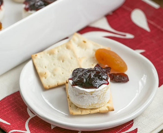 Cherry Topped Brie Bites #SundaySupper