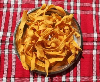 ribbon pakoda recipe, how to make ribbon murukku recipe , ola pakoda