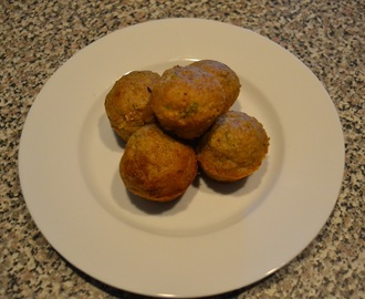 Tasty Toddler Eats: Zucchini Bread Mini Muffins