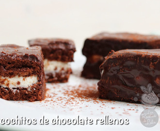 Bizchochitos de chocolate rellenos.