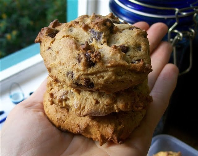 Almond Butter Choc Chip Cookies