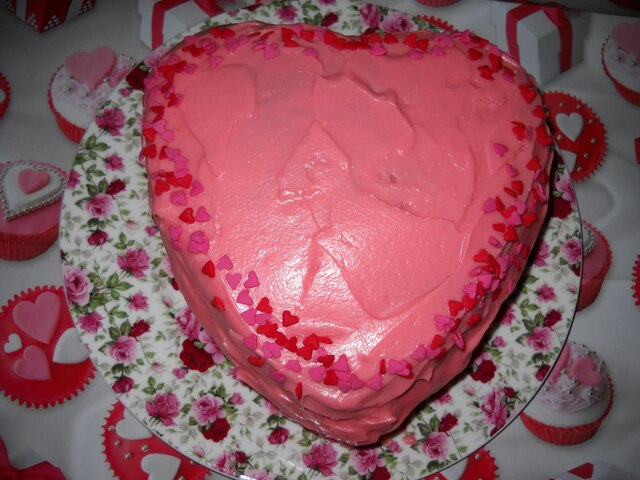 Valentine's Cake - White Chocolate Cake with Strawberry Mousseline and Cream Cheese Frosting
