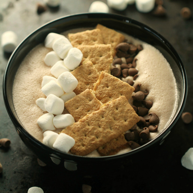 S'mores Smoothie Bowl