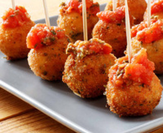 Fried Mozzarella Balls With Homemade Tomato Sauce Recipe