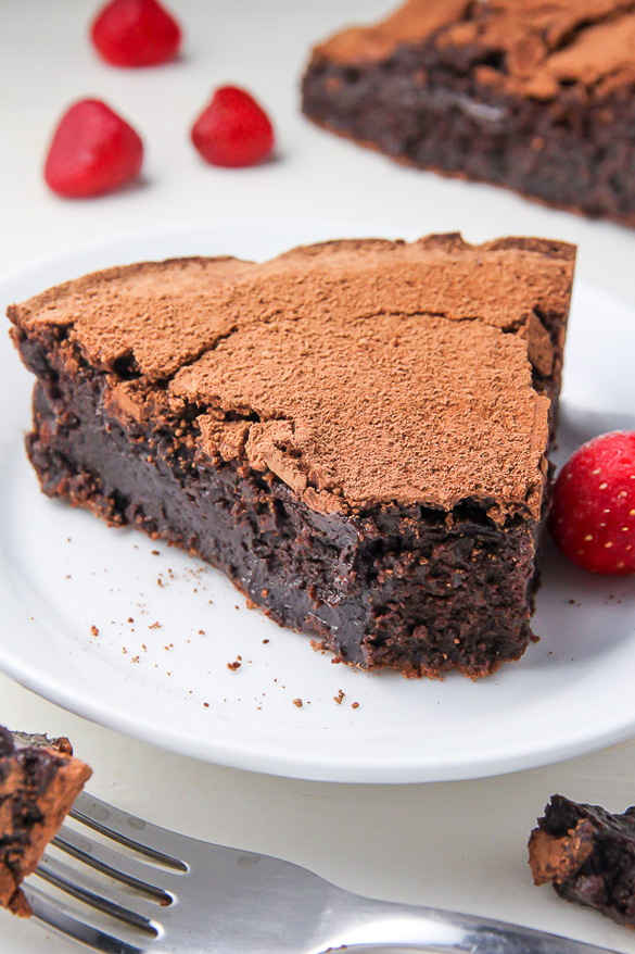 Flourless Chocolate Fudge Cake