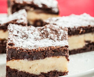 Chewy, Fudgey Cheesecake Brownies