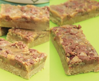 Caramel, Pecan & Chocolate Bars