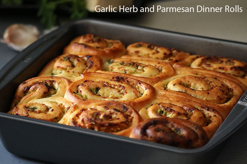 Garlic Herb and Parmesan Dinner Rolls