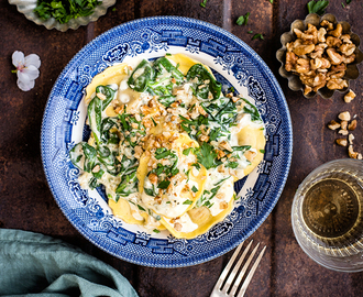 Gorgonzola and Walnut Ravioli in Creamy Cheese and Spinach Sauce