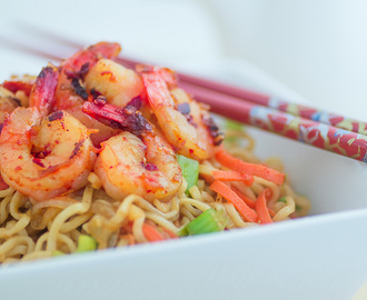 Healthy Ramen Noodles with Shrimp