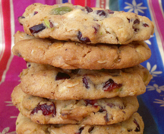 Cranberry, White Chocolate & Pistachio Cookies