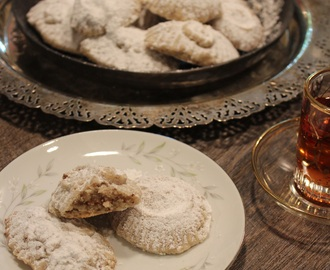 Honey Pecan Stuffed Shortbread Cookies