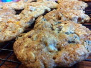 Recipe: Very Nearly Good For You Oaty Cookies with Raisins and Apricots
