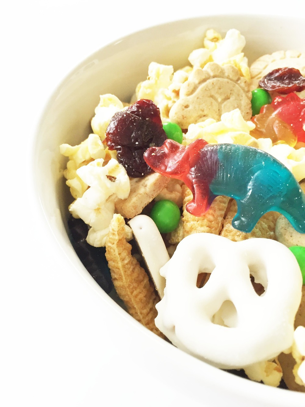 Dinosaur Snack Mix