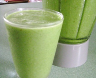 Green Smoothies - A Giveaway