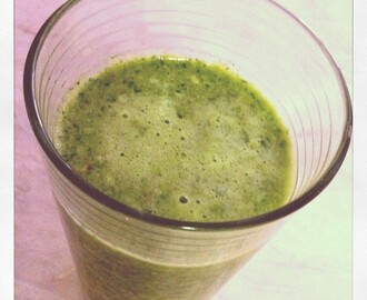 Day 3: Kale, Apple and Maple Smoothie