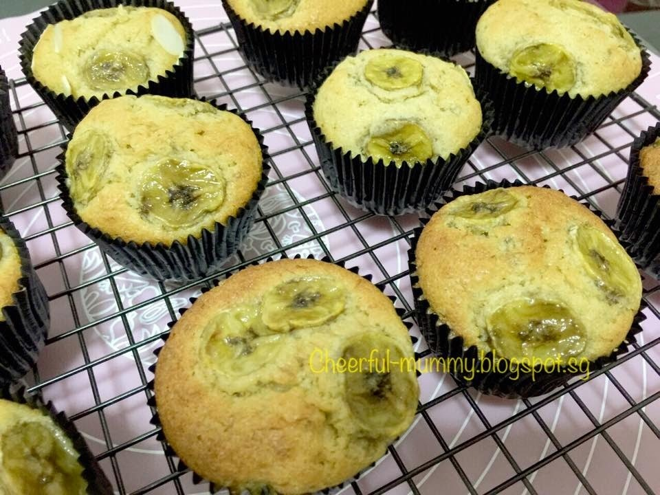 Buttery Banana Cupcakes牛油香蕉杯子蛋糕by Rvy