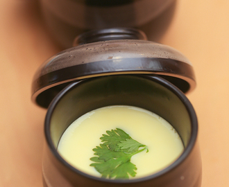 Silky chawanmushi ( Japanese steamed egg custard )