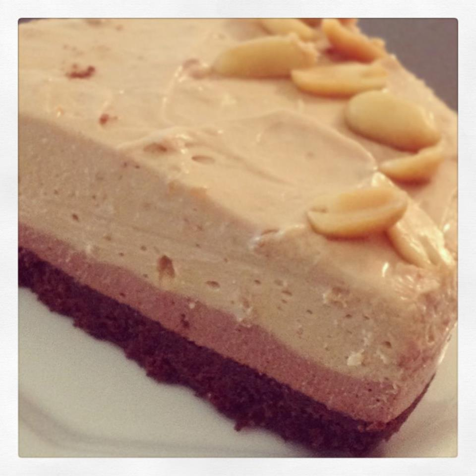 Snicker-licious Layered Cheesecake (non bake) | Thermomix Recipes