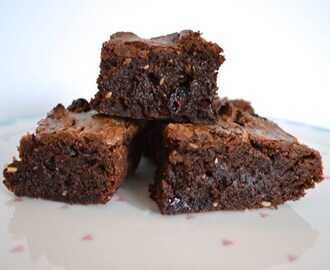 Gluten and Dairy Free Winter Spiced Brownies