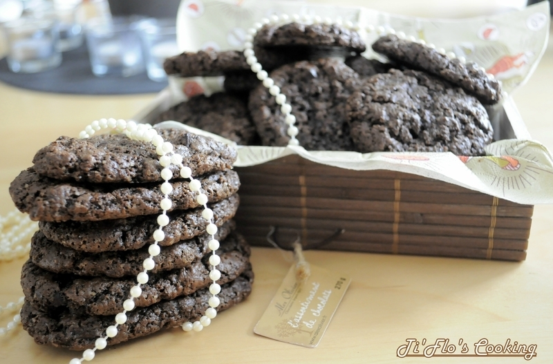Chewy cookies chocolate
