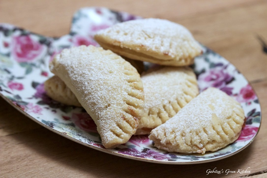 Mini Turnover Cookies With Jam