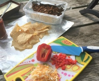 The Campfire Nachos That Will Now Become Part of Your Summer Tradition
