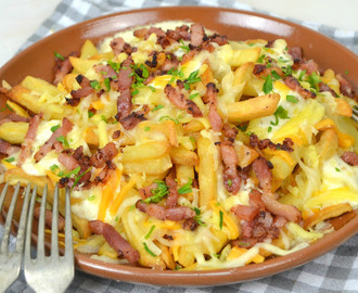 Patatas estilo Foster`s Hollywood o bacon cheese fries