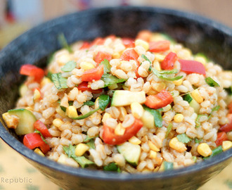 Barley Salad with Roasted Corn, Zucchini & Red Pepper