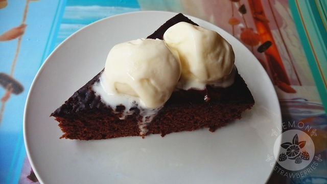 Delicious brownie from my Mom's cookbook (Murzynek)