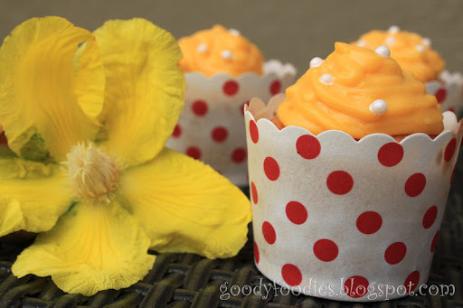 I baked: Vanilla cupcakes with salted egg yolk-custard frosting