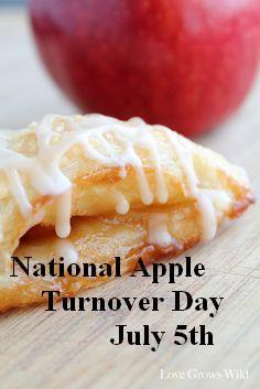 "Celebrate ""National Apple Turnover Day"" With A Delicious ""Apple Turnover"" Recipe"
