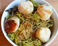 Pan-Seared Sea Scallops over Kelp Noodles and Broccolini
