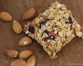 Sweet Heat Almond Oat Bars