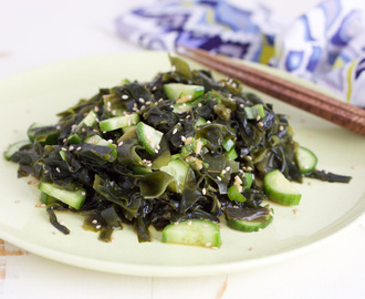 Paleo Seaweed and Cucumber Salad