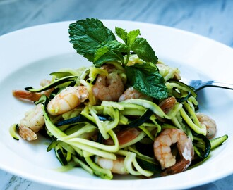 Zucchini Noodles with White Wine Shrimps