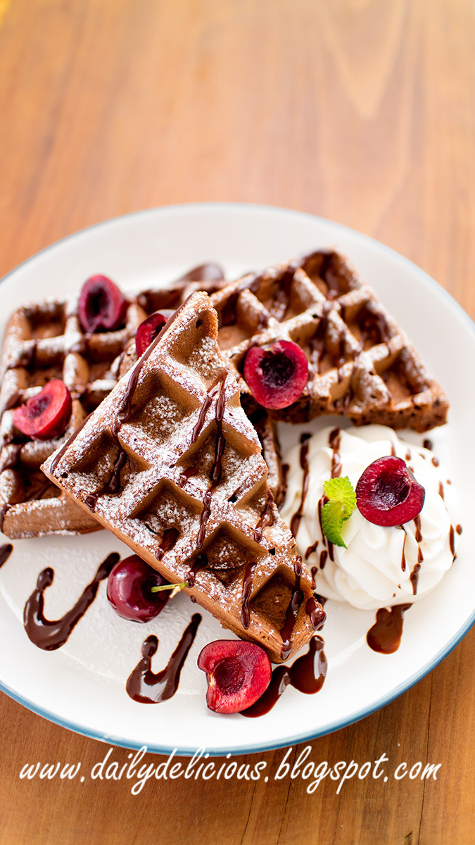 Cocoa Waffles: Delicious at any times of the day!