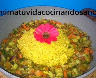 Verduras al curry con arroz integral