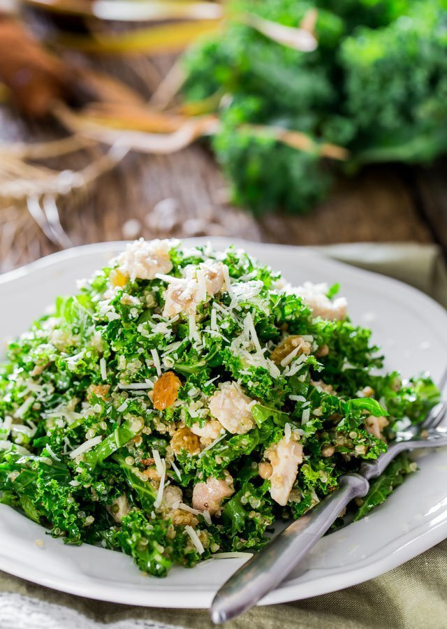 Kale and Quinoa Salad with Lemon Vinaigrette