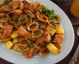 Portuguese pork with clams | Food From Portugal