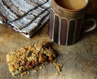 Cakes & Bakes: Fruit and nut flapjack