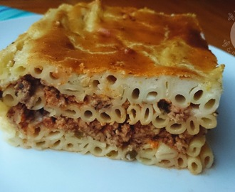 Pastitsio with béchamel sauce - Greek pasta casserole