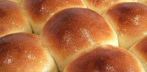 Thanksgiving bread rolls