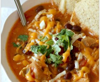 Slow Cooker Nacho Cheese Soup (+So Easy Video)