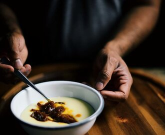 caramelized figs with sweet grits