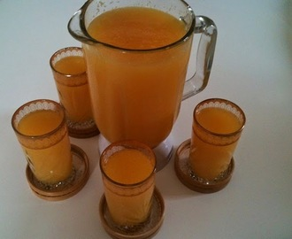 Le jus d'orange : 1kg d'orange donne 6 litres de jus (Orange juice : 1kg orange gives 6 liters of juice)