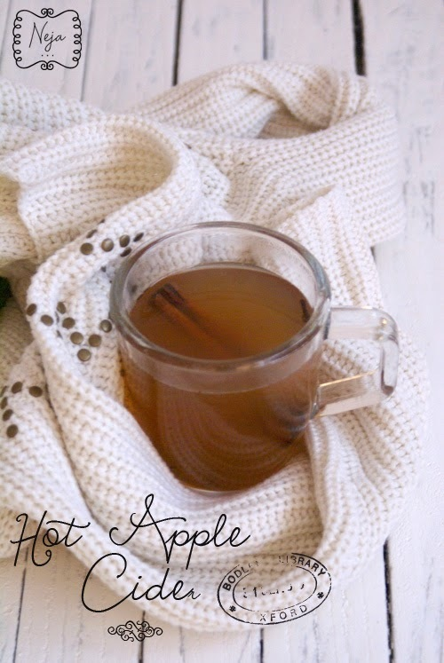 Hot apple cider / Vroc jabolcnik