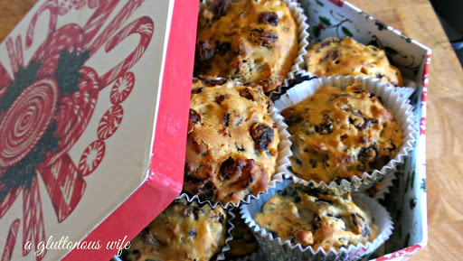 Scrooge's Christmas 3 ingredient mini Christmas cakes