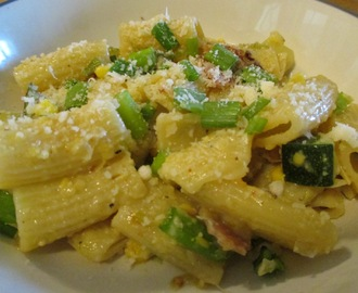 Creamy Corn Pasta with Bacon and Zucchini